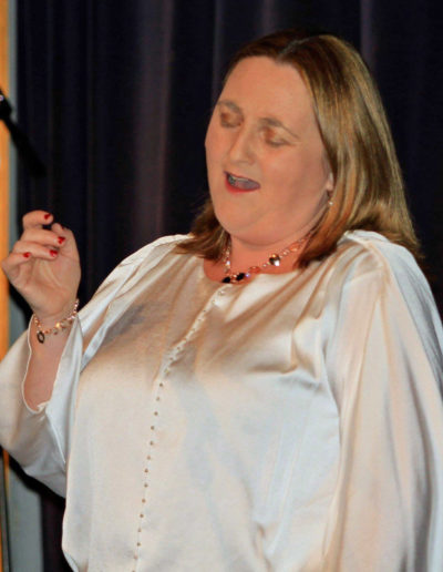 Valerie Leahy in concert